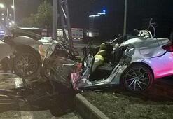 Çok feci kaza Otomobil bu hale geldi
