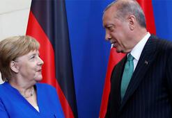 Son dakika: İşte Erdoğan'ın Merkel'e verdiği 136 kişilik o liste…