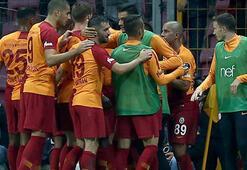 Galatasaray devlerle yarışıyor