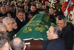 Teknik direktör Yıldırım Uranın cenazesi toprağa verildi