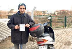 Motosiklet sürücüsüne emniyet kemeri cezası