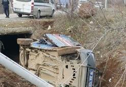 Çorumda askeri araç devrildi: 3 asker yaralandı