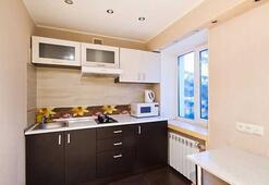 Küçük mutfağınızı nasıl büyük gösterebilirsiniz