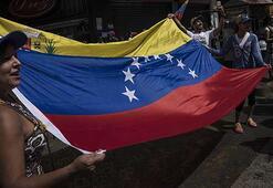 Venezuelada muhalefetten beyaz hamle