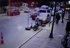 Sokakta hız yapan aracın, ciple çarpıştığı anlar kamerada