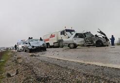 Adıyamanda trafik kazası: 1 ölü 5 yaralı