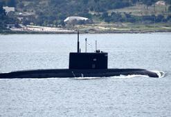 Rus Denizaltısı Veliky Novgorod Çanakkale Boğazından geçti