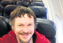 188 kişilik uçakta  tek başına seyahat