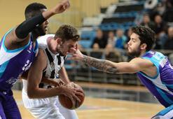 Adatıp Sakarya Büyükşehir Belediye Basketbol - Afyon Belediyespor: 57-93