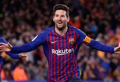 Barcelona, Atletico Madridi yıktı Messi rekor kırdı...