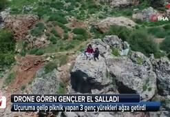 Gençlerin 30 metrelik uçurumda drone imtihanı