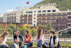 Ekonomi Üniversitesi dünyada ilk 101'de