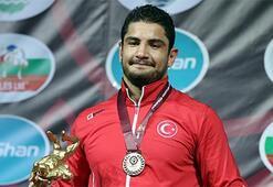 Taha Akgül, Avrupa Güreş Şampiyonasında finalde