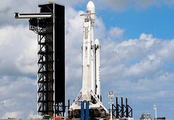 SpaceX Falcon Heavynin fırlatılışını erteledi