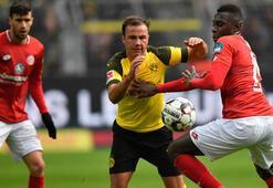 Borussia Dortmund, Mainzı yıktı Zirveye oturdu...