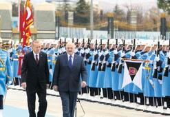 Erdoğan'dan Lukaşenko'ya FETÖ'yle mücadele teşekkürü: Bizi yalnız bırakmadı