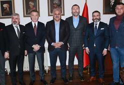 Trabzonspor yönetiminden Belediye Başkanı Zorluoğluna ziyaret