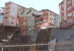 İstanbul Kağıthanede bina çöktü İşte o anlar...