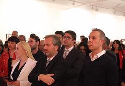 Londra Saatchi Galeri'de muhteşem açılış
