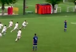 Milan U15 takımından inanılmaz gol