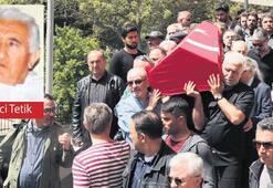 Cenazesinde protesto edildi
