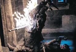 Game of Thrones'a  karanlık eleştirisi