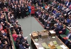 İngilterede Brexitin damga vurduğu seçimde oy sayımı tamamlandı