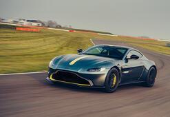 Aston Martin, DBS Superleggera Volante'yi tanıttı
