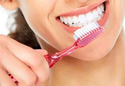 Diş fırçalamak oruç bozar mı
