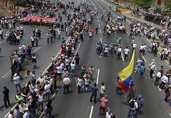 Venezuelada kalkışmaya katılan milletvekillerinin dokunulmazlığı kaldırıldı