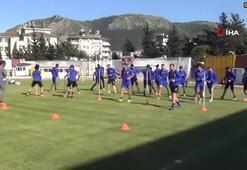 İlhan Palut: Süper Lig hedefimizi sonuna kadar kovalayacağız