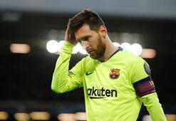 Barcelona 10 yıldız oyuncu ile yollarını ayırıyor...