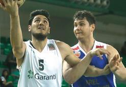 Darüşşafaka Tekfen -  Arel Üniversitesi Büyükçekmece Basketbol: 100-51