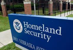 Trump, kaçak göçmenleri gözaltına almaktan son anda vazgeçti