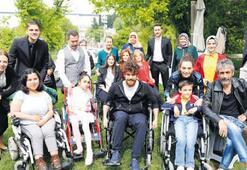 Engelli dostları ağırladılar