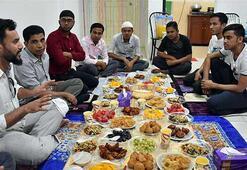 Malezyadaki Arakanlılar ramazanı vatan hasretiyle geçiriyor