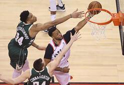Toronto Raptors ilk galibiyetini aldı