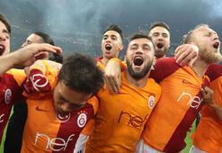 Süper Ligde gelenek bozulmadı