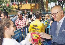 Başkan Ergün'den  çocuklara hediye