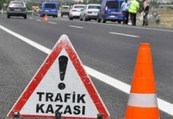 Vanda askeri araç devrildi: 3 yaralı