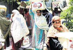 Kızılay'ın dost eli Pakistan'a uzandı