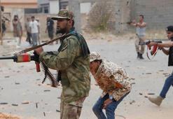 Libyada Hafter güçleri meclisi vurdu