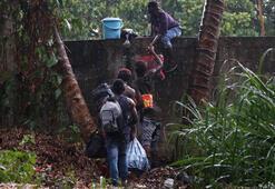 Meksikada göçmen kampından firar