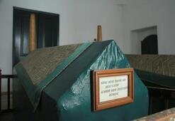 İlk kez görüntülendi Dolmabahçe Sarayında 200 yıllık bilinmeyen türbe