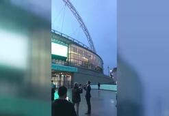 Wembley Stadyumunda iftar saatinde ezan okundu