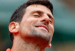 Djokovic, ve Halep çeyrek finale yükseldi