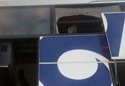 Son dakika: Yolcu otobüsünde büyük panik Camları kırarak otobüsü terk ettiler