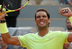 Fransa Açıkta Nadal ve Federer yarı finalde