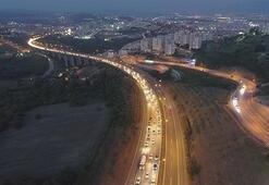Havadan böyle görüntülendi Trafik durma noktasında