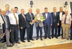 'İzmir'e birlikte hizmet edelim'